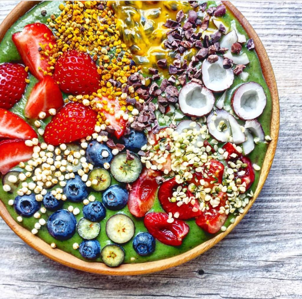 Summer Treats: Smoothie Bowl For The Soul